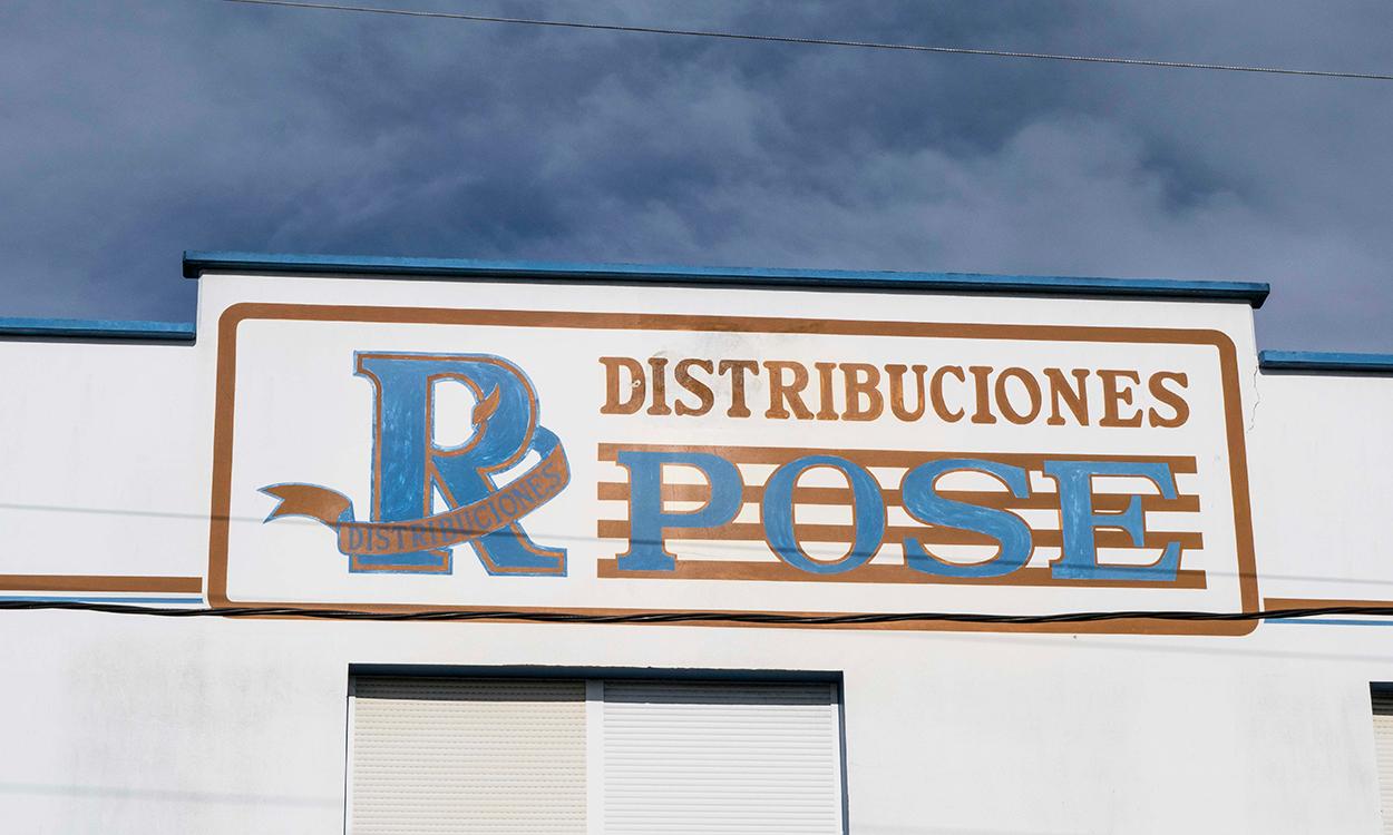 r-pose-distribuciones-placa